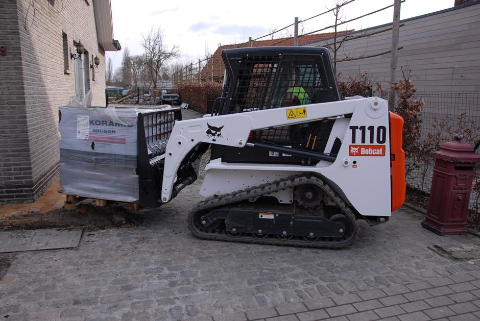 Bobcat T110 Compact Track Loader