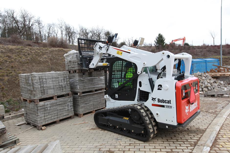 Bobcat T590 Compact Track Loader from TVE Hire & Sales